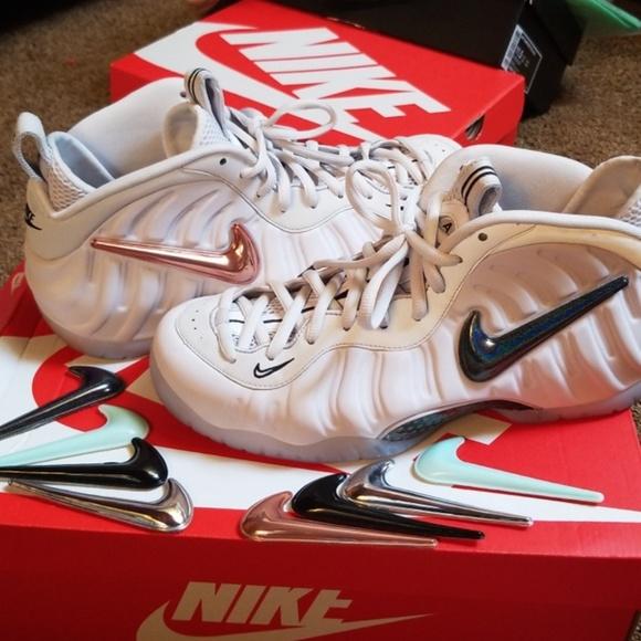 online retailer 91ad0 6c0f6 Size 11.5 Foamposites w/ changeable Nike swoosh